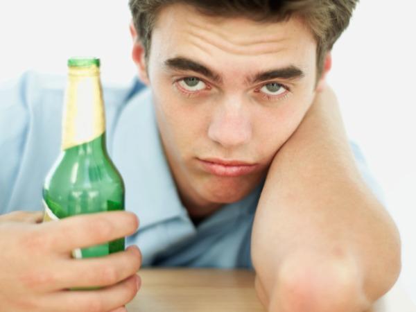 Самолечение женского алкоголизма алкоголизм и внешность алкоголика